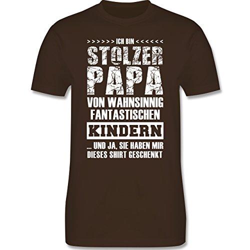 Shirtracer Vatertag - Stolzer Papa Fantastische Kinder - Herren T-Shirt Rundhals Braun