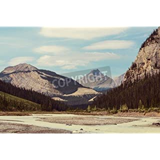 adrium Leinwand-Bild 50 x 30 cm:Picturesque Canadian mountains in summer, Bild auf Leinwand