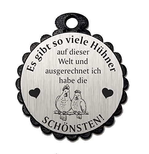Die SCHÖNSTEN HÜHNER 04 » Spruch mit Motiv HERZ - Aluminium Look - silber - Geschenkanhänger Schlüsselanhänger Glücksbringer Dekoration - Bauer Hühnerstall Liebe ()