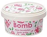 Bomb Cosmetics Burro Per Il Corpo Rose Revolution con Geranium