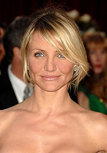 Cameron Diaz (Wearing Bulgari Earrings) At Arrivals For Red Carpet - 80Th Annual Academy Awards Oscars Ceremony Photo Print (40,64 x 50,80 cm)