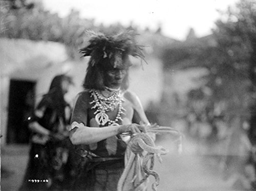 The Poster Corp Hopi Snake Priest C1906. /Nhopi Snake Priest During A Snake Dance Ritual at A Pueblo In Arizona. Photograph by Edward Curtis C1906. Kunstdruck (60,96 x 91,44 cm) -