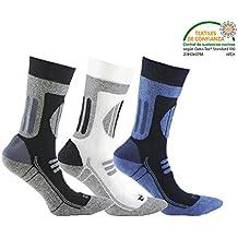 Calcetín de DEPORTE de alto rendimiento (3 pares). Con almohadillas de presión en las zonas de carga. Ideales para la practica de cualquier deporte como el ciclismo, futbol, triatlón, carreras, pádel, fitness, gimnasia, golf, tenis, etc. o para los amantes de las actividades al aire libre. En Gris, Blanco y Azul en combinación con color Negro. (Gris, Blanco y Azul, eu: 43 - 46 // uk: 9 - 11)