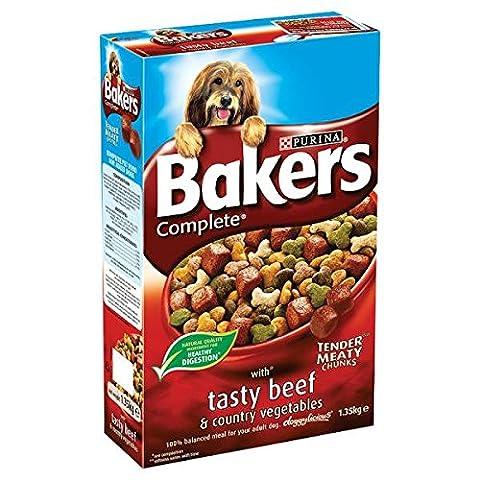 Bakers Complete tendres morceaux charnus avec Tasty Beef & Country légumes 1,35 kg (Pack de 4 x 1,35 kg)