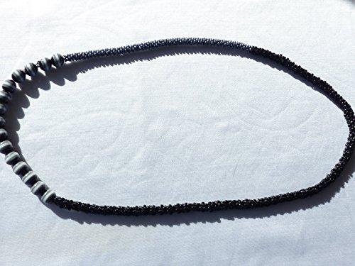 modische-lange-dreifarbige-kumihimo-kette-in-schwarz-grau-und-dreifarbige-grosse-perlen-modeschmuck-