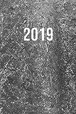 2019: Jan - Dez Wochenplaner | 365 Tage Terminkalender mit Uhrzeit | 1 Tag auf 1 Seite, ca. A5 | Beton Grau