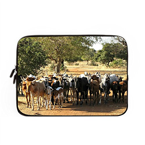 chadme-laptop-sleeve-bag-burkina-faso-cows-herd-notebook-sleeve-cases-with-zipper-for-macbook-air-10