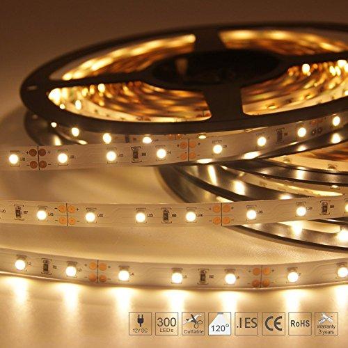 Signcomplex Flexibler LED Streifen 3528 SMD LED mit 3M Selbstklebe band 5 Meter pro Rolle 12 V DC (Warmweiß) Bereich 5.2-grad-strahl