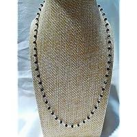 Collana girocollo stile rosario con cristalli neri