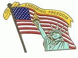 Patriotischer-USA-Pin-mit-Freiheitsstatue–Enduring-Freedom