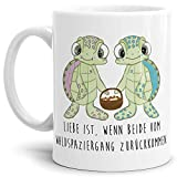 Tassendruck Schildkröte-Tasse mit Spruch Liebe ist, wenn beide vom Waldspaziergang zurückkommen - Kaffeetasse/Mug / Cup/Süß / Weiss