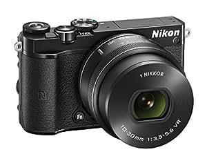 Nikon 1 J5 Appareil Photo Numérique Hybride 23 Mpix Kit Boitier + Objectif 10-30mm 3.5-5.6 1 VR Noir