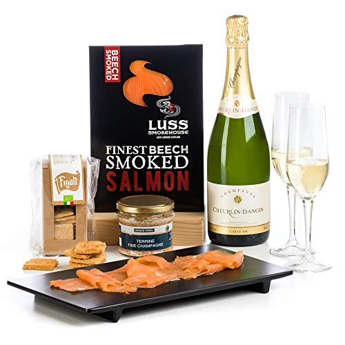 Hay Hampers Champagne, Smoked Salmon & Champagne Pate in Gift Box Hamper - FREE UK Delivery