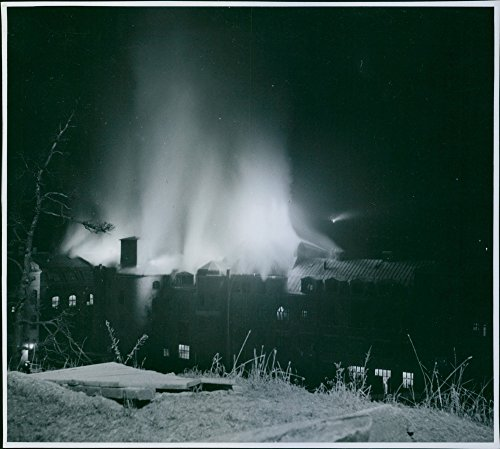 vintage-photo-of-the-fire-at-the-astra-factory-in-sodertalje