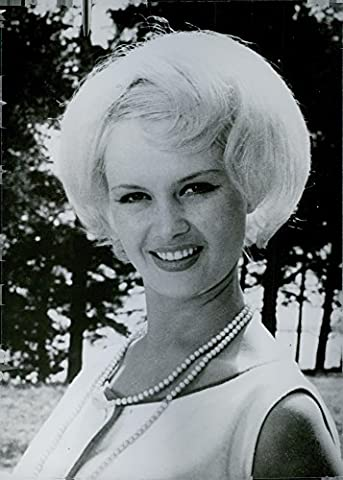 Vintage Photo de Elvira lossman, Soviétique Film Actrice; pupille de la Tallin Film Studios dans Moscou. 1965