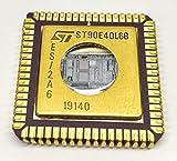 1 Stück ST90E40L6B HCMOS MCU WITH A/D CONVERTER , EEPROM and RAM   16K EPROM   Erweiterter Temperaturbereich -40°C bis +85°C   CLCC68-W Keramik Gehäuse