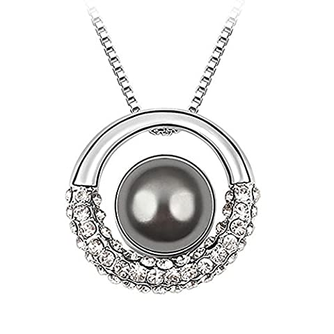 Le Premium® Moon in Galaxy Shell Pearl Pendant Necklace With