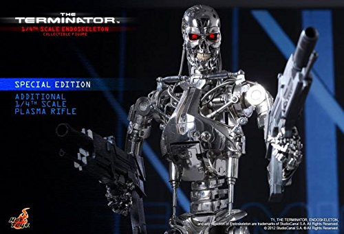 Hot Toys The Terminator - T-800 Endoskeleton Special Edition Ver. 1/4 Scale Figure 4