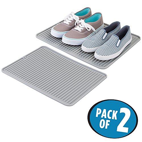 mDesign 2er-Set Schmutzfangmatte für Schuhe und Stiefel – große Silikonmatte für den Eingangsbereich – wasserfeste Bodenschutzmatte aus Silikon – grau