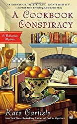 A Cookbook Conspiracy: A Bibliophile Mystery by Kate Carlisle (2014-05-06)