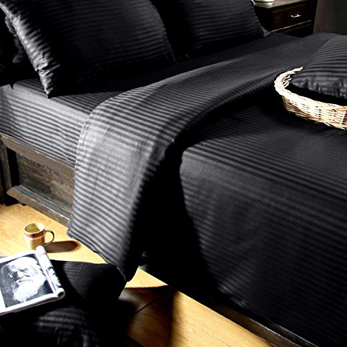 Homescapes 3-teiliges Bettwäsche-Set, Bettbezug 240 x 220 cm mit 2 Kissenbezügen 80 x 80 cm, 100% ägyptische Baumwolle mit Satin-Streifen, Fadendichte 330, schwarz - 100% Ägyptische Baumwolle Streifen