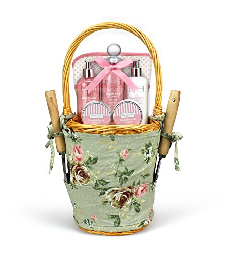 winter-in-venice-english-herb-garden-basket-luxurious-toiletries-infused-with-natural-fruit-and-plan