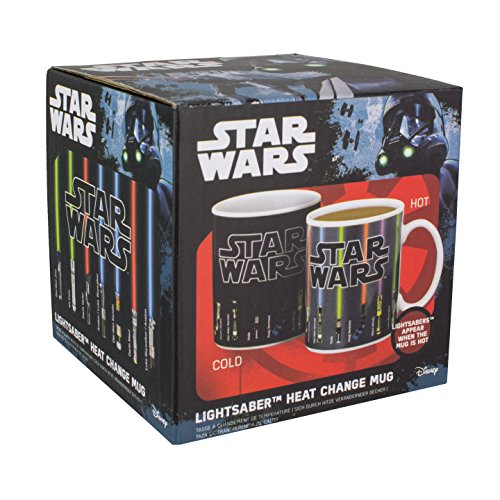 tasse-star-wars-avec-sabre-laser-qui-change-de-couleur-au-contact-de-la-chaleur-multicolore