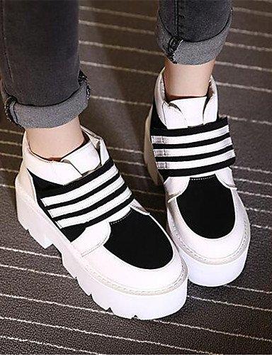 ShangYi Mode Frauen Schuhe Damen Stiefel Frühjahr / Herbst Reitstiefel / Kletterpflanzen Kunstleder Casual Plattform Schnalle Schwarz / Grau andere Schwarz