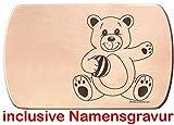 Frühstücksbrettchen 24 x 15 cm Neuer Teddybär mit Ball Teddy Holzbrettchen Teddy aus einem Stück inclusive Gravur eines Vornamens Vesperbrett Brotzeitbrett Jausenbrett