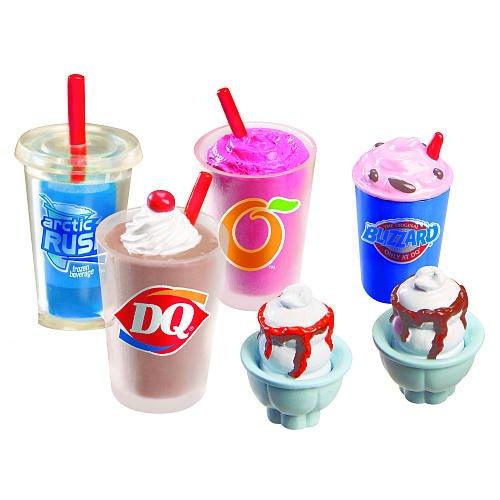 Mi World DQ Treat Set - 1 Blizzard Treat, 1 Orange Julius Smoothie, 1 Shake, 1 Artic Rush and 2 Sundaes by MiWorld