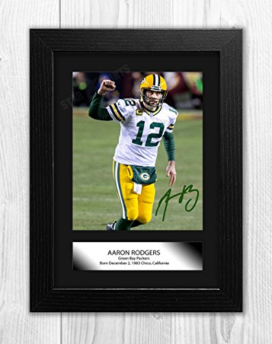 Engravia Digital Aaron Rodgers Green Bay Packers (1) Poster Signed Autograph Reproduction Photo A4 Print (Black Frame)