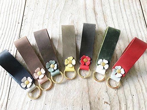 Schlüsselanhänger aus echtem Leder mit Blümchen