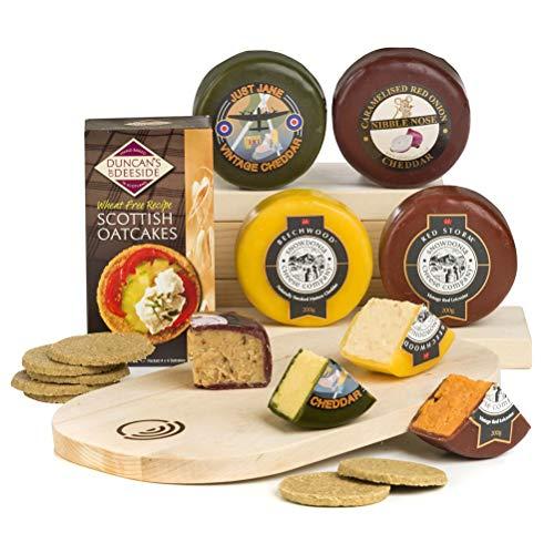 Vier festliche Käseräder mit Cracker & Käseplatte zum Vatertag