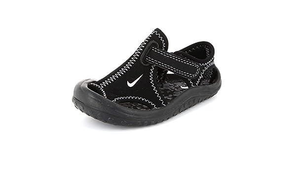KIABI Chaussures de Plage 'Nike' à Scratch: