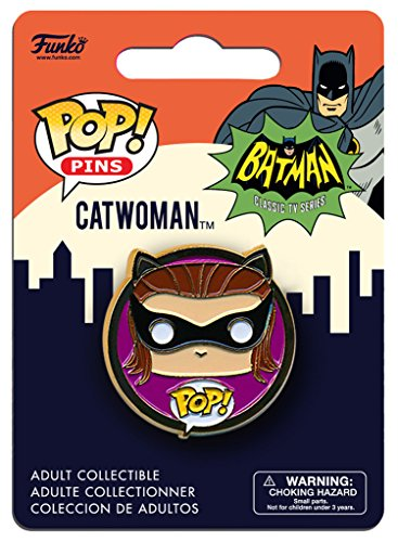 966 Catwoman Pin Standard ()