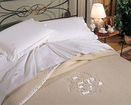 Coperta in 100% lana prodotta in italia ricamata classica floreale panna -