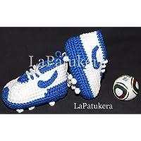 Fußball-Schuhe. Babyschuhe häkeln, Unisex. Stil, Nike. aus 100% Baumwolle, 4 Größen 0-12 Monate. handgefertigt in Spanien. Turnschuh gehäkelt gestrickt. Wählen Sie die Farben Ihres Lieblingsteams