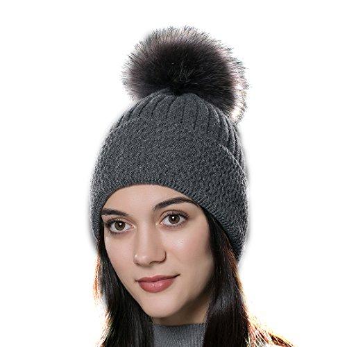 URSFUR Unisex gorra o pasamontaña de algodón color puro con pompón de pelo mapache genuino otoño y invierno