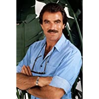 Magnum, P.I. Tom Selleck 24x36inch (60x91cm) Poster great pose in blue shirt