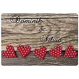 Geschenke 24 Fußmatte – Herzen: Personalisierte Schmutzfangmatte mit Namen – wetterfester Fußabtreter außen und innen – Glücksbringer zum Richtfest l Einzugsgeschenk für Paare