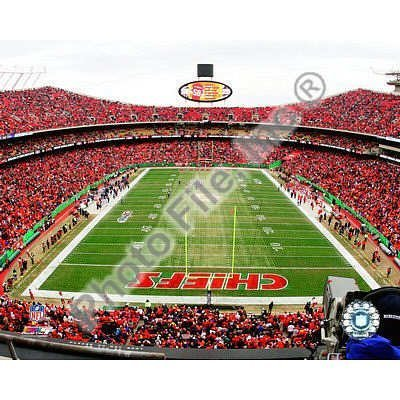 (8x10) Arrowhead Stadium, Glossy Photograph by Poster Revolution