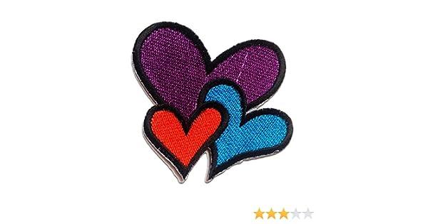 Ecusson 6.8x5.9cm cœur coloré patches brode appliques thermocollant
