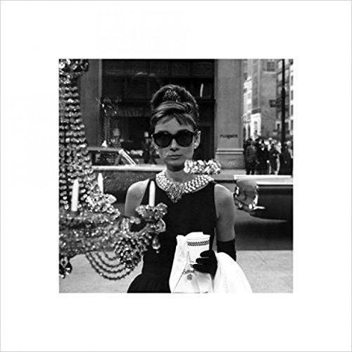 1art1 40303 Audrey Hepburn - Tiffany Schaufenster Kunstdruck 40 x 40 cm