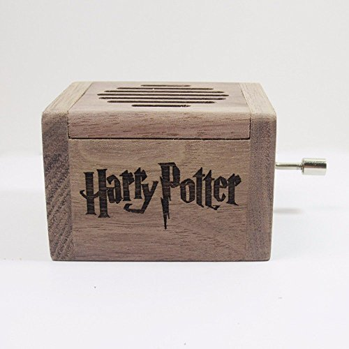 Caja de música grabada en madera de calidad con la melodía * Hedwig´s Theme * de Harry Potter. El regalo perfecto para los fans. Manivela de música manual.
