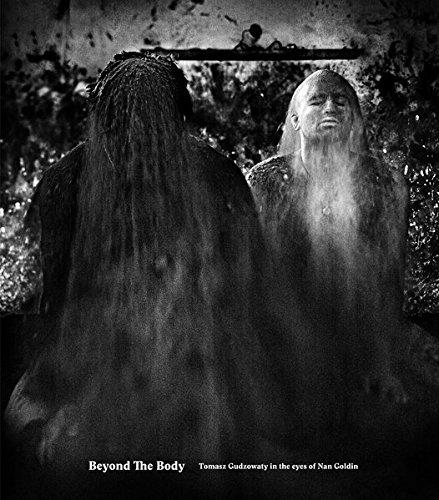 Beyond the Body par Tomasz Gudzowaty