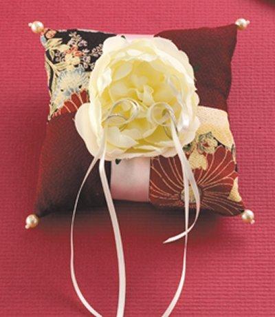 Clover sum modern ring pillow making kit / chrysanthemum (japan import) (Kit Making Pillow)