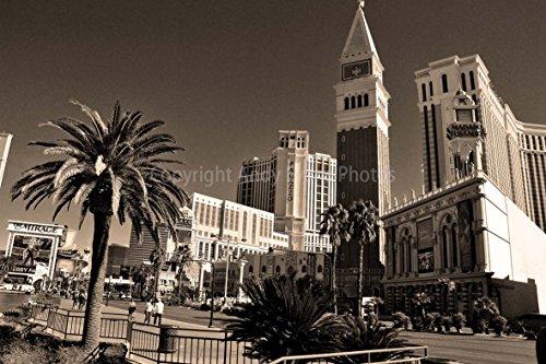 Eine 45,7 x 30,5 cm Fotografieren Hochwertiger Fotodruck der PALAZZO Hotels von Venedig und Casinos, Las Vegas Boulevard South (die Streifen) Las Vegas Nevada USA Landschaft Foto b/w Bild Art Print