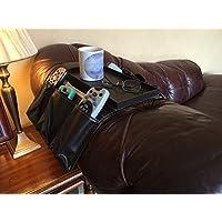 GHS - Vassoio portaoggetti in finta pelle, con 8 tasche per riporre il telecomando della TV, tazze, colore: Marrone Da posizionare sui braccioli di sedie, divani da 15-19 cm.