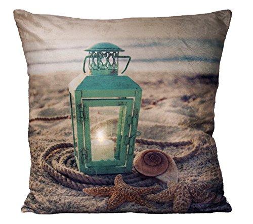 heimtexland LED Dekokissen 45x45 gefüllt inkl. Beleuchtung Strand Ambiente Deko Kissen Fotodruck Laterne Muschel Seestern Stimmungslicht Maritim Typ532