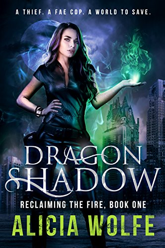 Adult Fantasy Novel (Reclaiming the Fire Book 1) (English Edition) (Alicia Halloween)